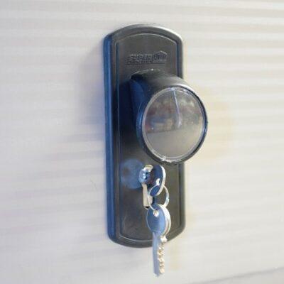 Håndtag og lås (750030) - 295,00 kr.